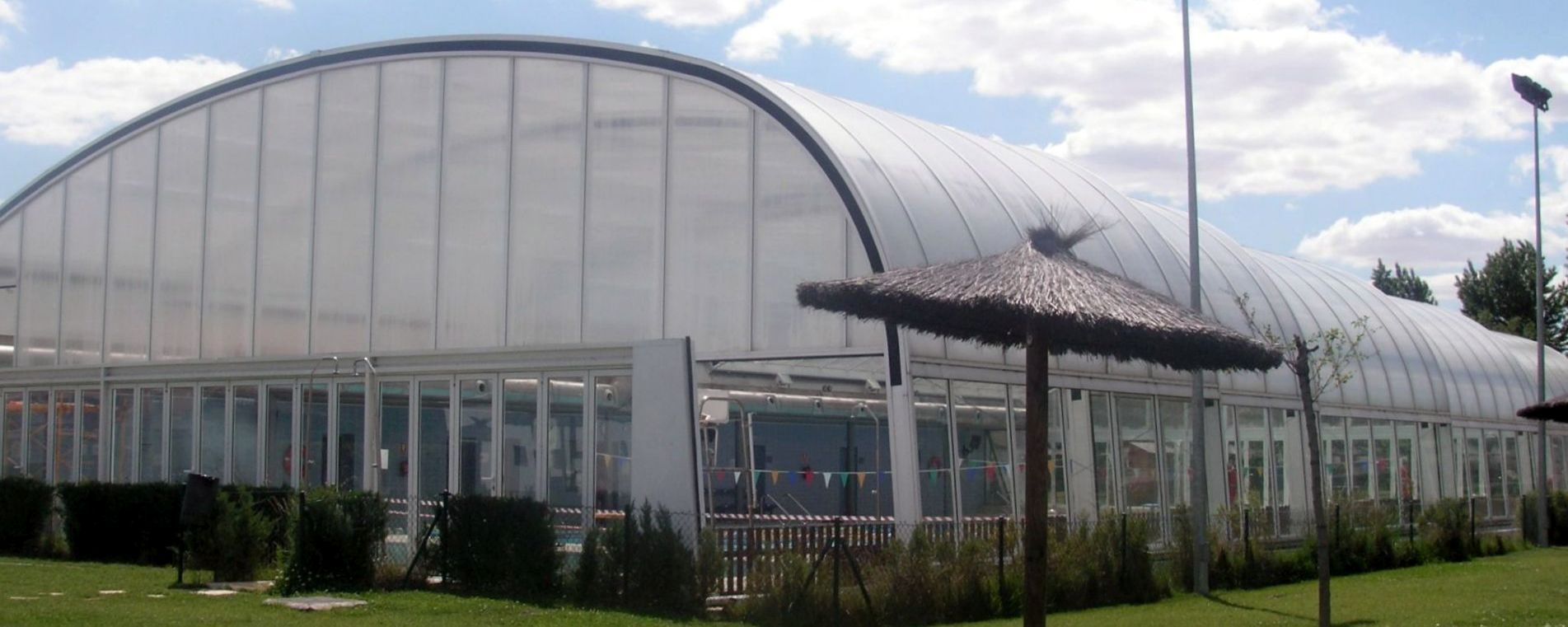 Dreamcover acoperiri profesionale de piscine for Acoperiri piscine